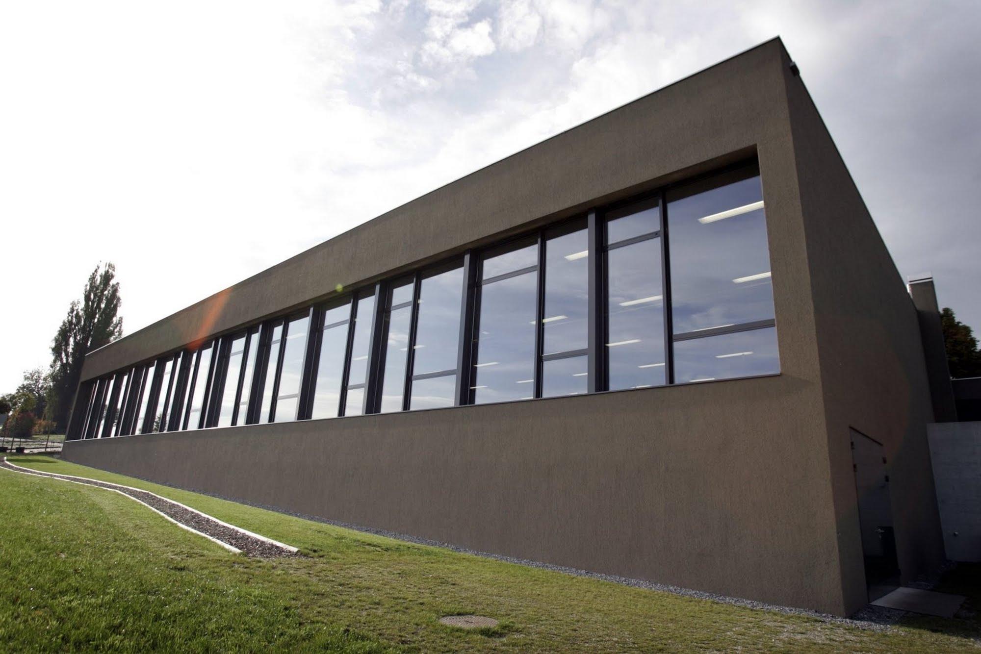 Öffentliche Bauten,Sichtbeton Neubau Sporthalle