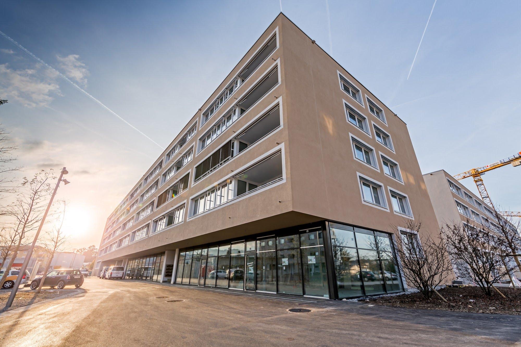 Wohnungsbau,Wohnungsbau,Industrie / Gewerbebau,Aussenwärmedämmung Überbauung Feldbreite Baufeld D2