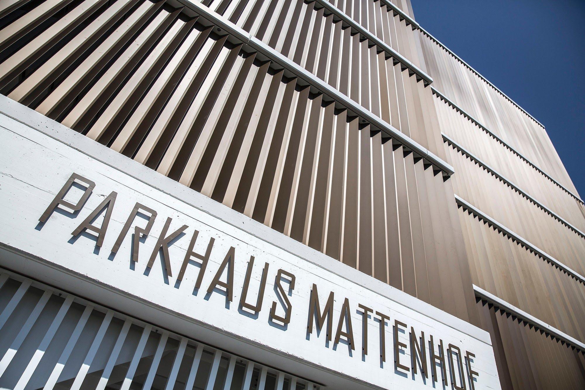 Industrie / Gewerbebau,Sichtbeton Parkhaus Mattenhof