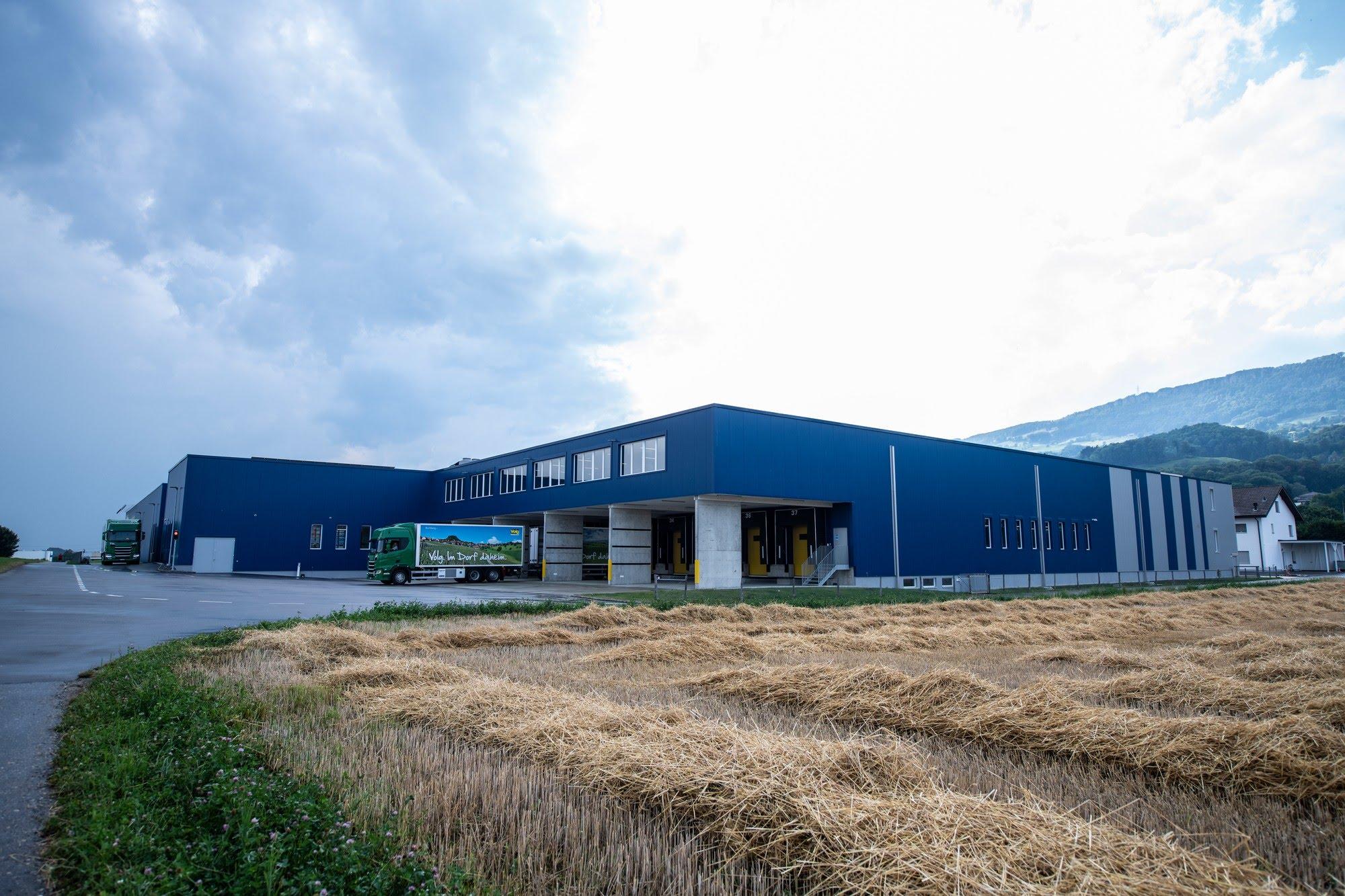 Industrie / Gewerbebau Büroanbau und Neubau Getränkehalle Volg