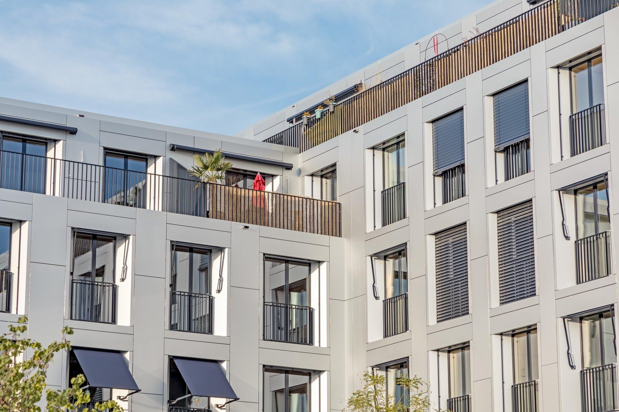 Wohnungsbau,Industrie / Gewerbebau,Spez. Gipserarbeiten Wohn- und Gewerbeüberbauung Sue & Til