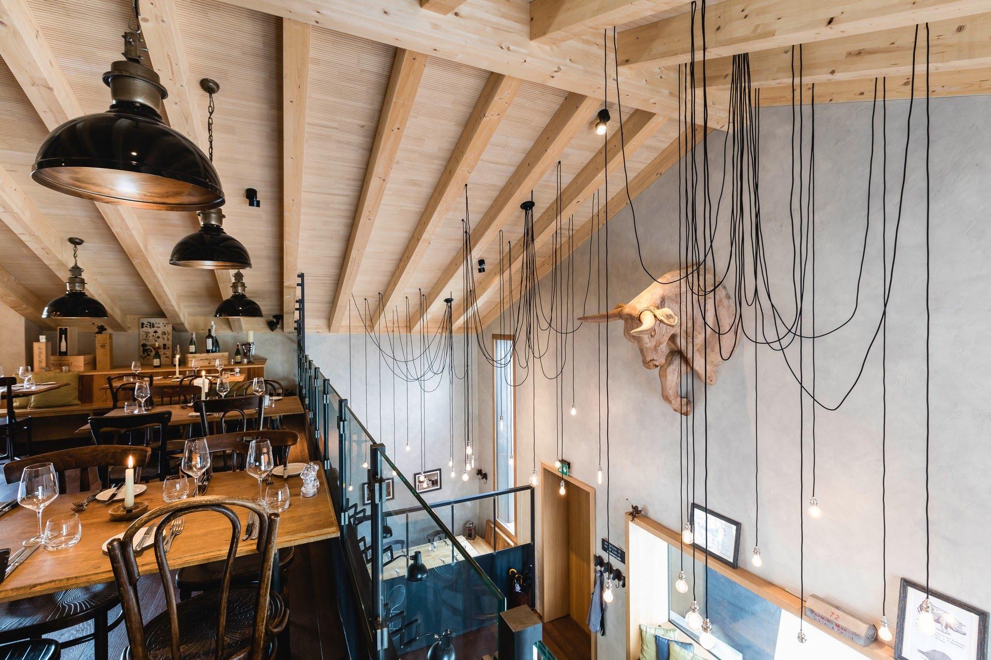 Gewerbe Restaurant OX'n in Schenkon Architektur,Wohnungsbau,Wohnhäuser,Einfamilienhäuser,Mehrfamilienhäuser