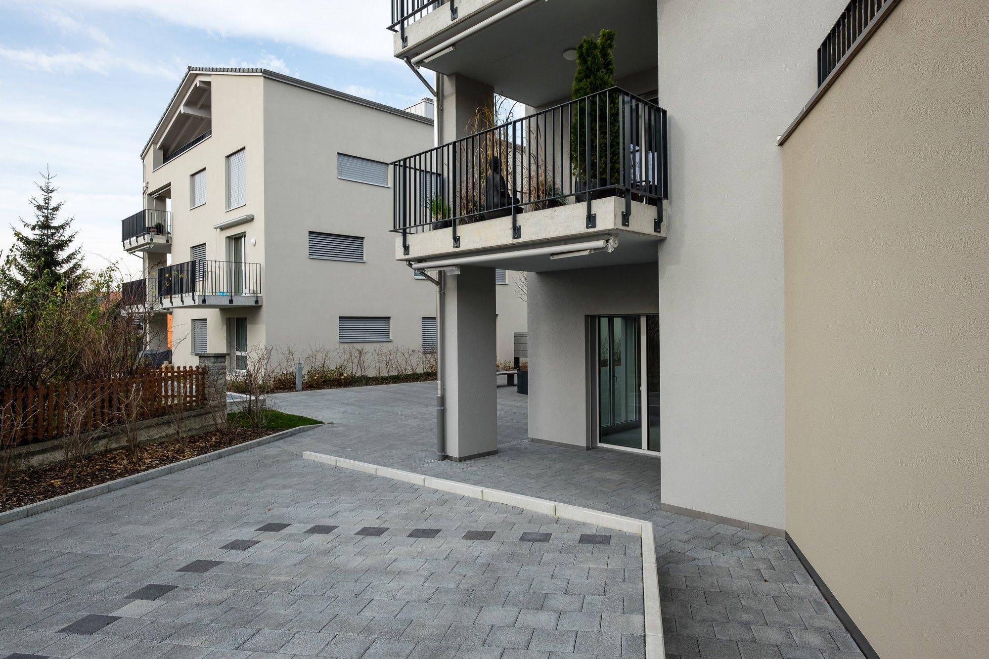 Wohnen MFH,Gewerbe Drei MFH im Zentrum von Neudorf Architektur,Wohnungsbau,Wohnhäuser,Einfamilienhäuser,Mehrfamilienhäuser