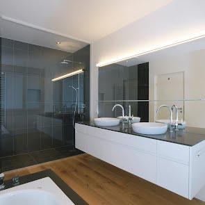 Badmöbel mit Aufsatzlavabo - KAWA Design AG :: Küchen Raum Bäder, Sursee, Willisau, Luzern, Zofingen