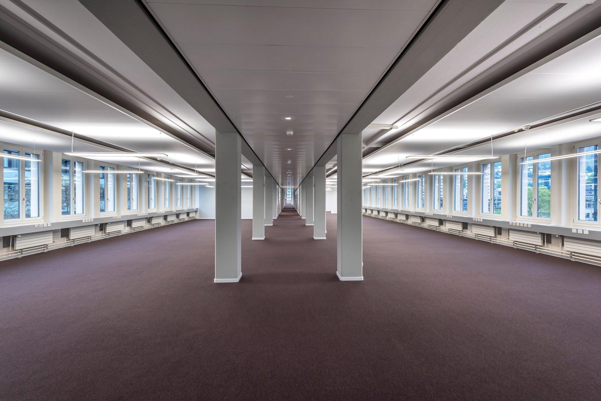 PLAFONDNOVA AG :: Ihr Partner für Decken & Wandsysteme, Trennwände Büro, Ganzglaswände, Bürotrennwand, Akustikdecken, Schallschutzdecken, Trennwände, Glaswände, Faltwände, Raumgestaltung, Trennwand Systeme