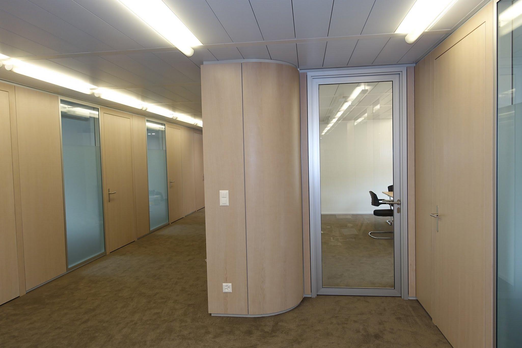 NovaPlain - Doppelverglasung,Leica Geosystems AG ,Deckensystem-Wandsysteme,Trennwände Büro,Ganzglaswände,Bürotrennwand,Akustikdecken,Schallschutzdecken,Trennwände,Glaswände,Faltwände,Raumgestaltung,Trennwand Systeme