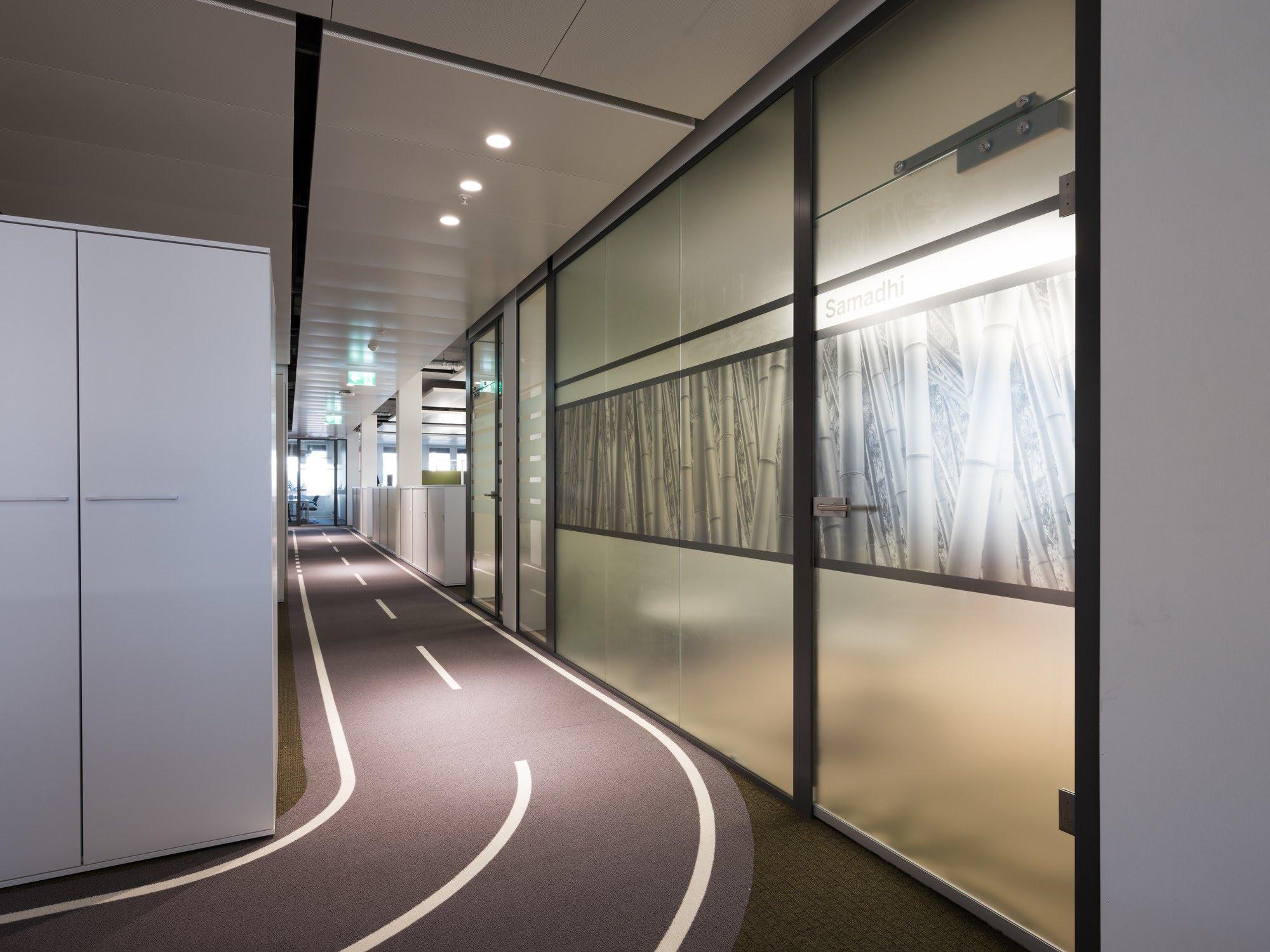 NovaOne - Ganzglaswände,NovaPlain - Doppelverglasung,Neuer Hauptsitz Mobility Genossenschaft,Deckensystem-Wandsysteme,Trennwände Büro,Ganzglaswände,Bürotrennwand,Akustikdecken,Schallschutzdecken,Trennwände,Glaswände,Faltwände,Raumgestaltung,Trennwand Systeme