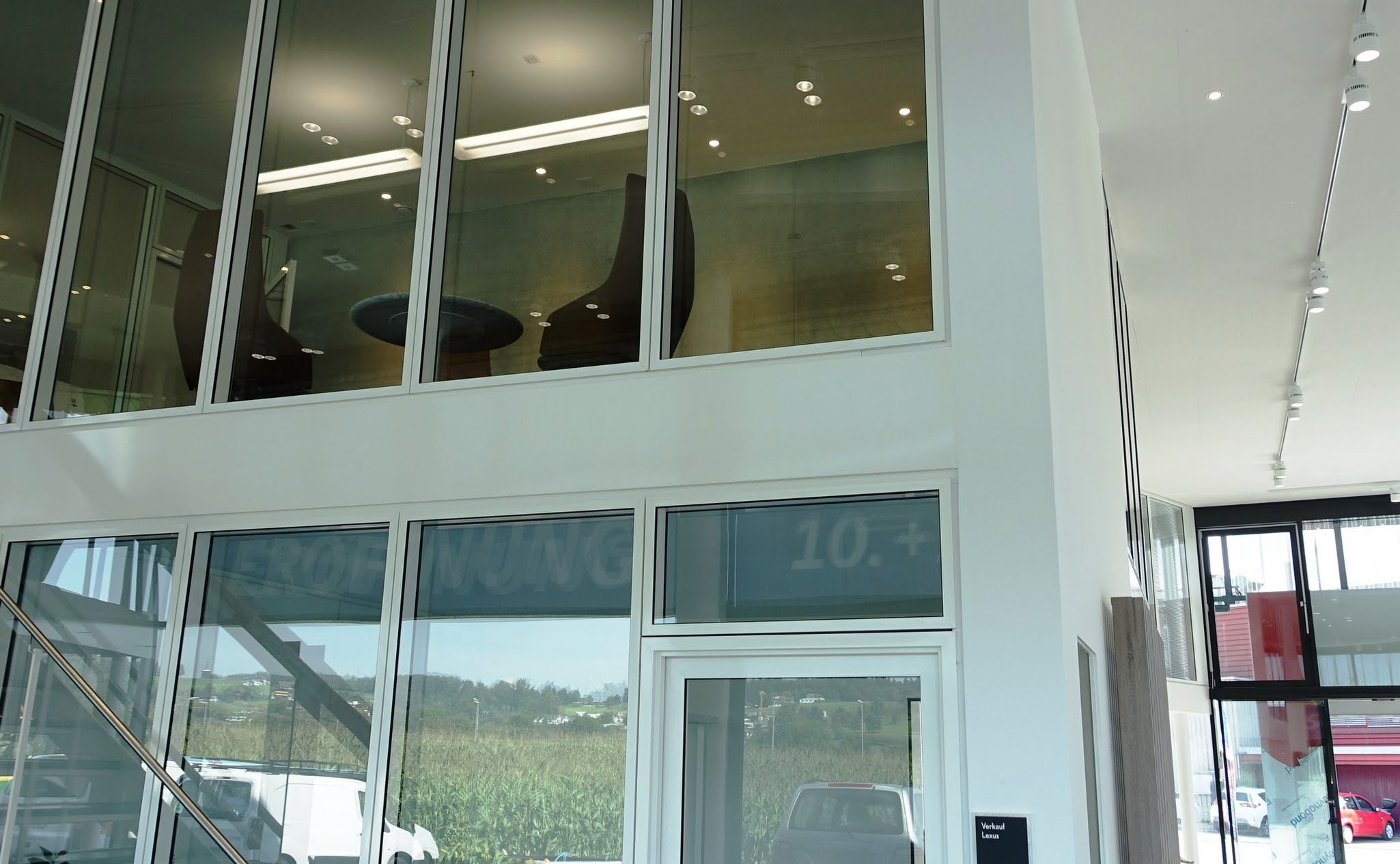 NovaFlex - Bürotrennwand,Reichlin Garage AG,Deckensystem-Wandsysteme,Trennwände Büro,Ganzglaswände,Bürotrennwand,Akustikdecken,Schallschutzdecken,Trennwände,Glaswände,Faltwände,Raumgestaltung,Trennwand Systeme