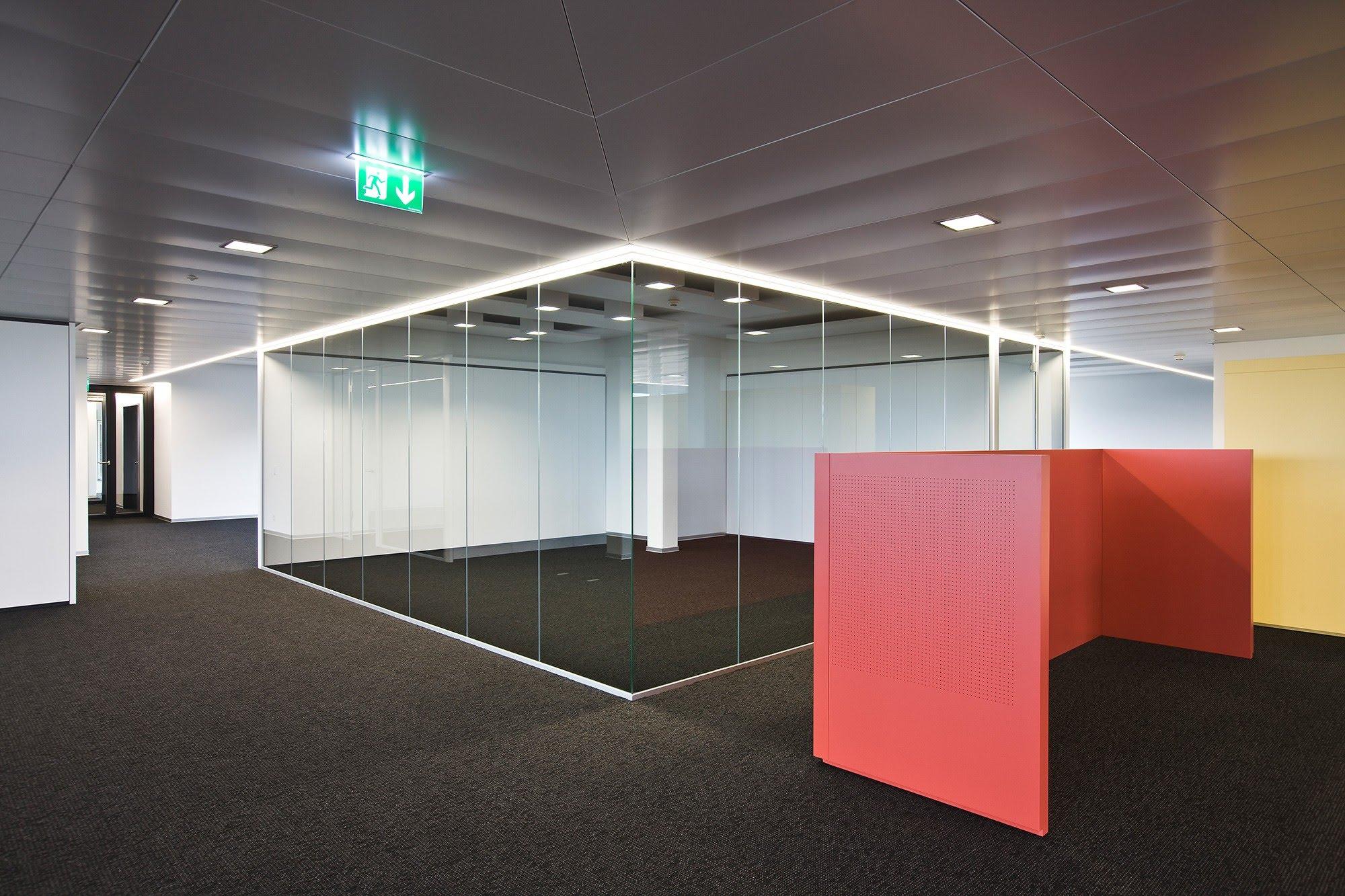 PLAFONDNOVA AG :: Referenz-Objekte, Ihr Partner für Decken & Wandsysteme
