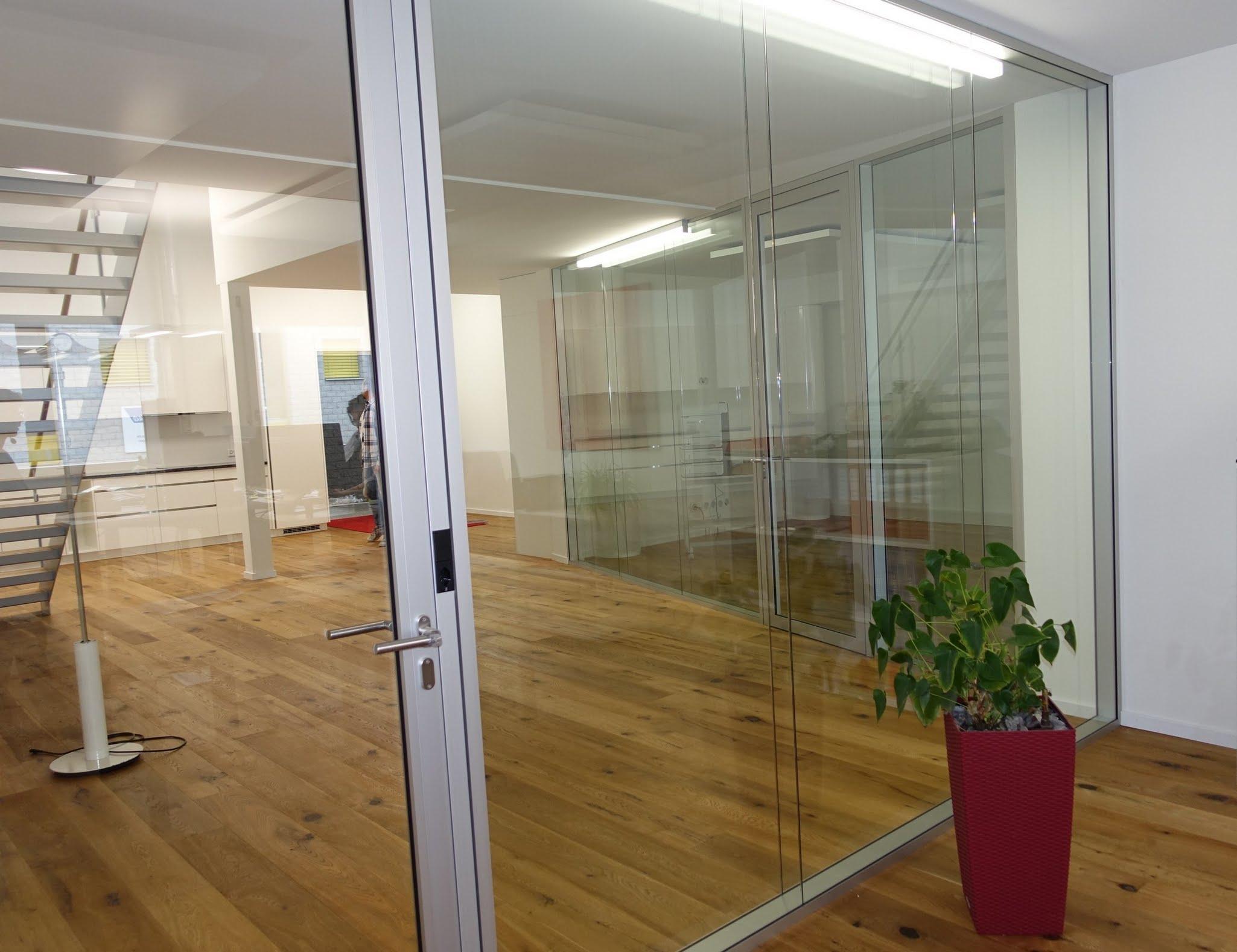 NovaPlain - Doppelverglasung,Durrer Technik AG,Deckensystem-Wandsysteme,Trennwände Büro,Ganzglaswände,Bürotrennwand,Akustikdecken,Schallschutzdecken,Trennwände,Glaswände,Faltwände,Raumgestaltung,Trennwand Systeme