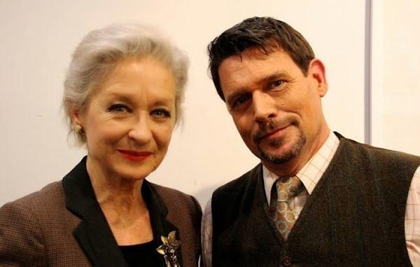 Heidi Maria Glössner, Schauspielerin, Bern, mit Othmar Kiener, Vorstand Musik- und Theatergesellschaft Sursee
